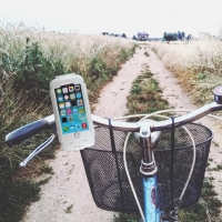 Phone Mount - Water Repellent Bike Holder / Phone Cradle - Apple iPhone  6, 6s